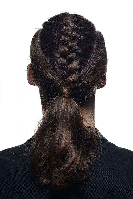 modern Männerzopf - das trendige Hairstyle für Männer Frisuren in 20