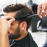Haare Selber Schneiden: So Schneidest Du Deinem Mann Die Haare  – Frisur Hinterkopf Mann