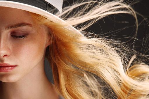 Feines Haar - so kommt Volumen auf den Kopf!  BRIGITTE.de