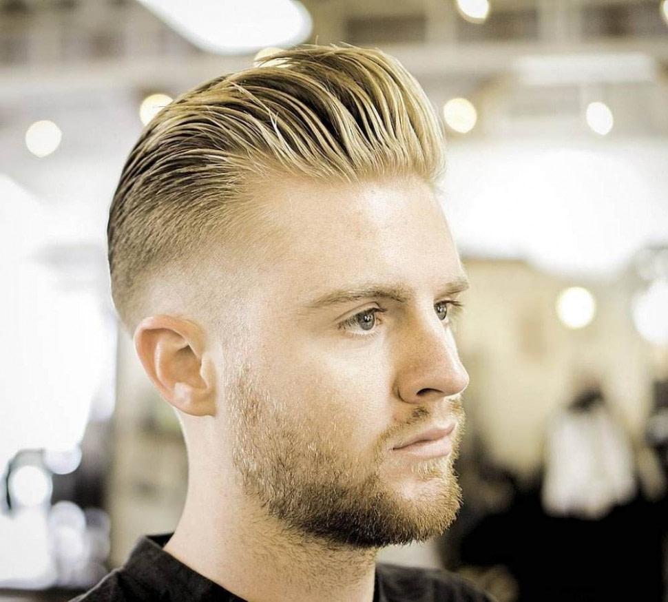 neu Rockabilly Frisur für den Mann mit Rocker Stil und klassische Haarmode