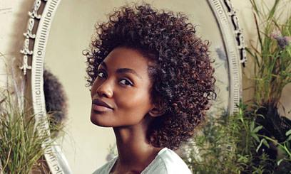 Nach oben Willkommen bei African Beauty Palace - Haar Salon - in der Region