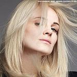 Frisuren Bilder: Platin Blonder Bob Mit Geraden Linien  – Frisuren Männer 2008