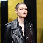 Non Binary Mode: Für Asia Kate Dillon Ist Bademode Ein Albtraum  – Asia Frisuren Männer