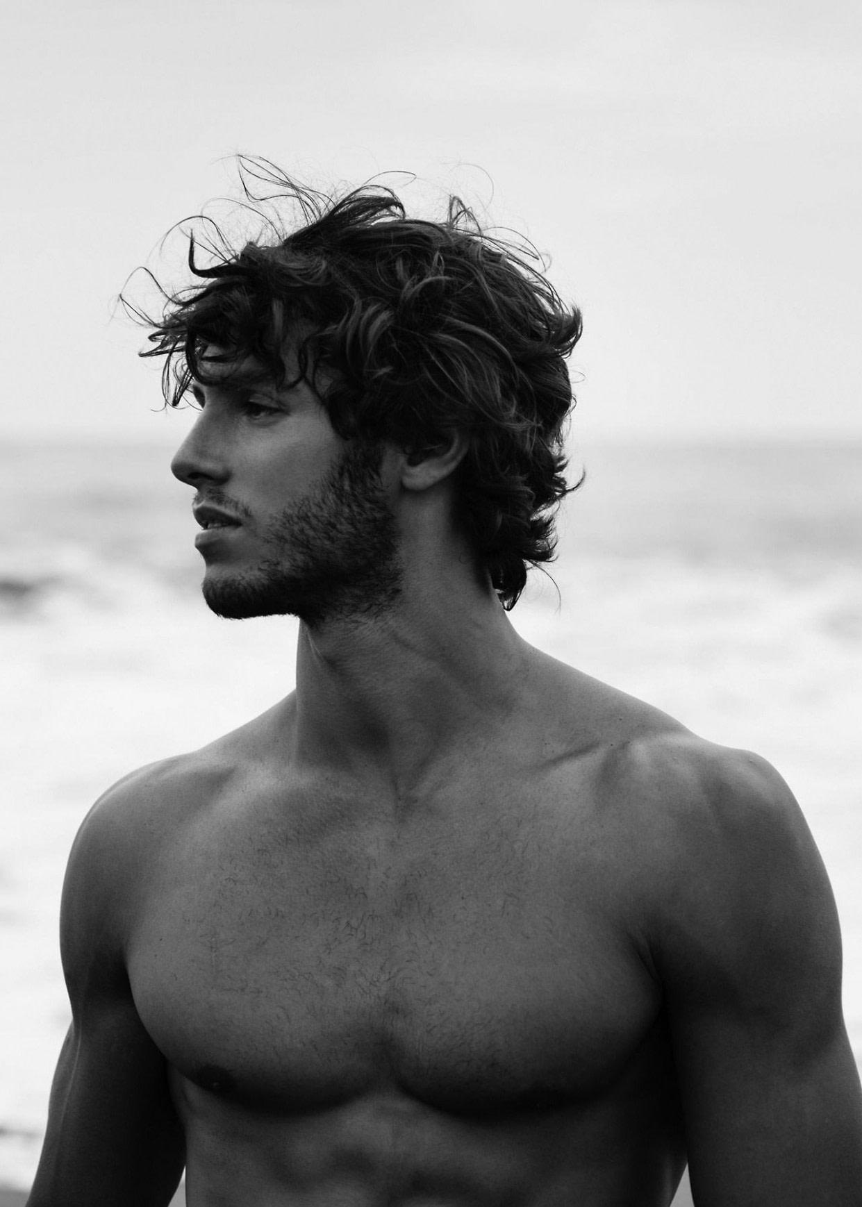 Nach oben Dream Fierce  Surfer hair, Mens hairstyles medium, Haircuts for men - surfer frisuren herren männer