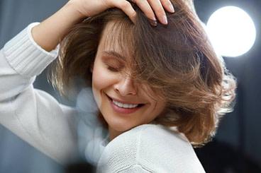 Die schönsten Frisuren für Frauen ab 12 - bildderfrau.de
