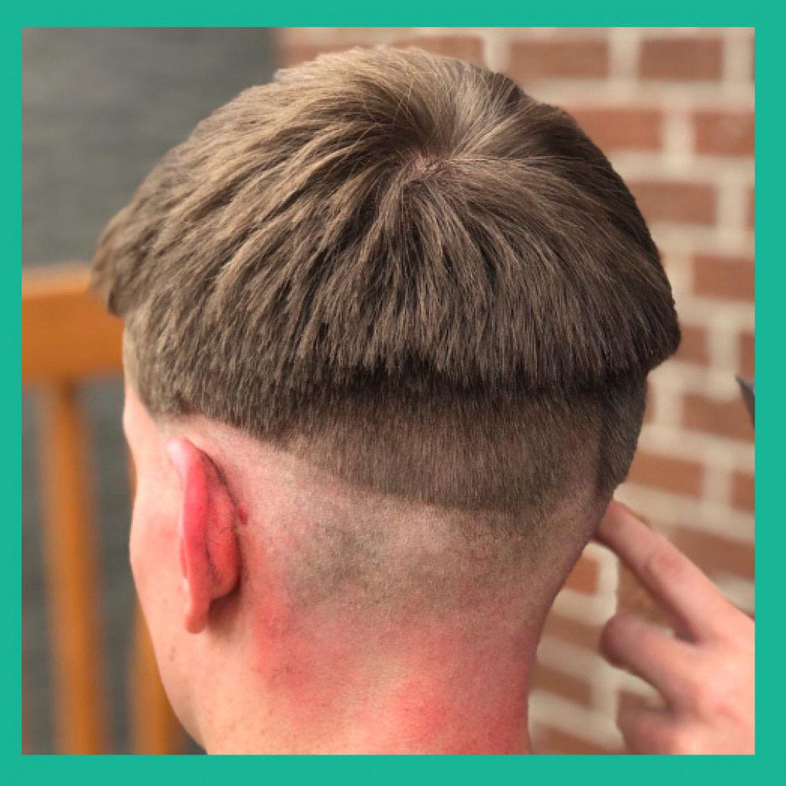 Luxus Corona-Haircut: Frisuren zeigen, dass man sich niemals selbst die  - frisuren männer irokese