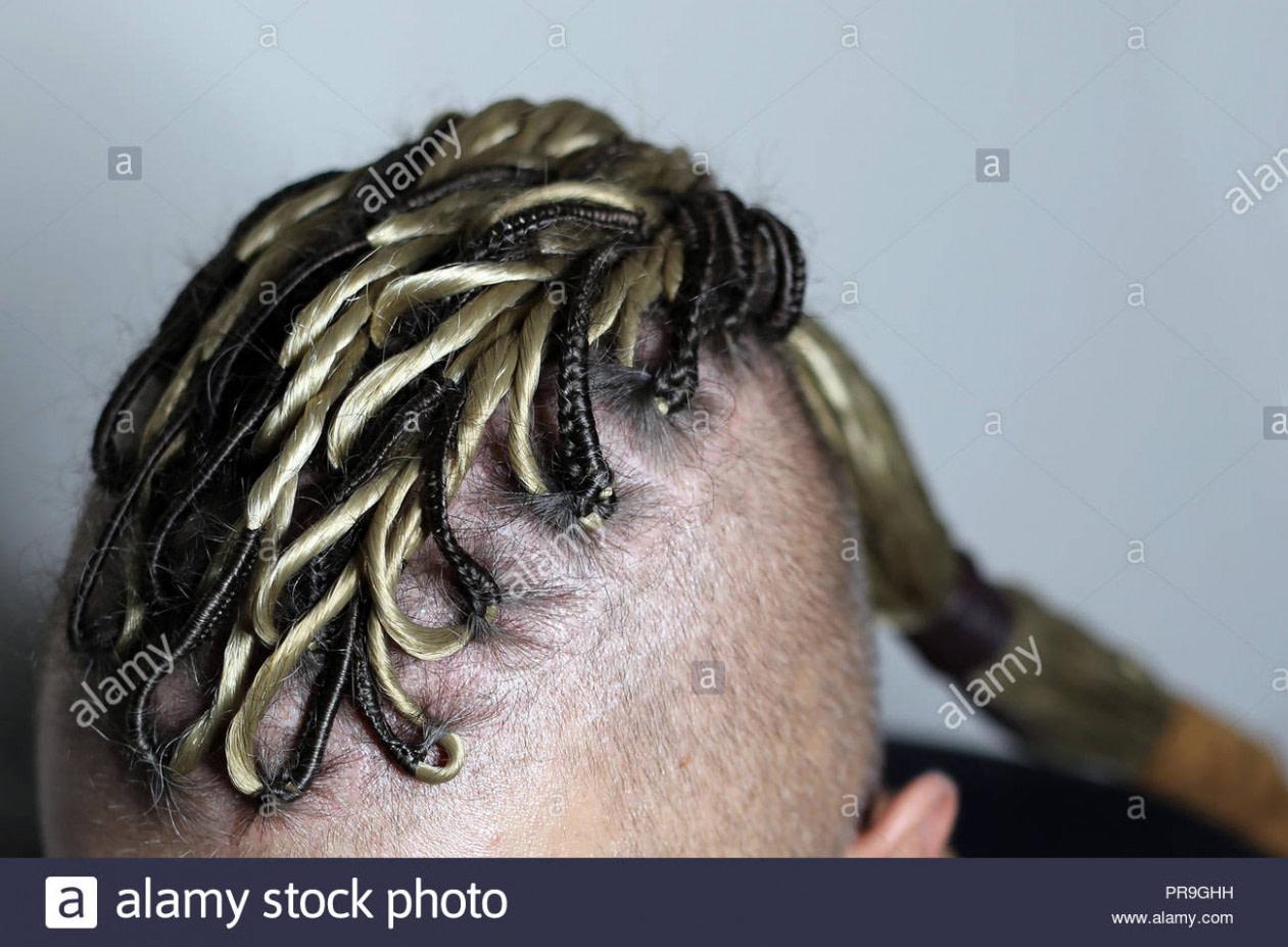 genial Männer Frisur wie Viking, Irokesen, Dreadlocks, Haar geflochten  - dreadlocks frisuren männer