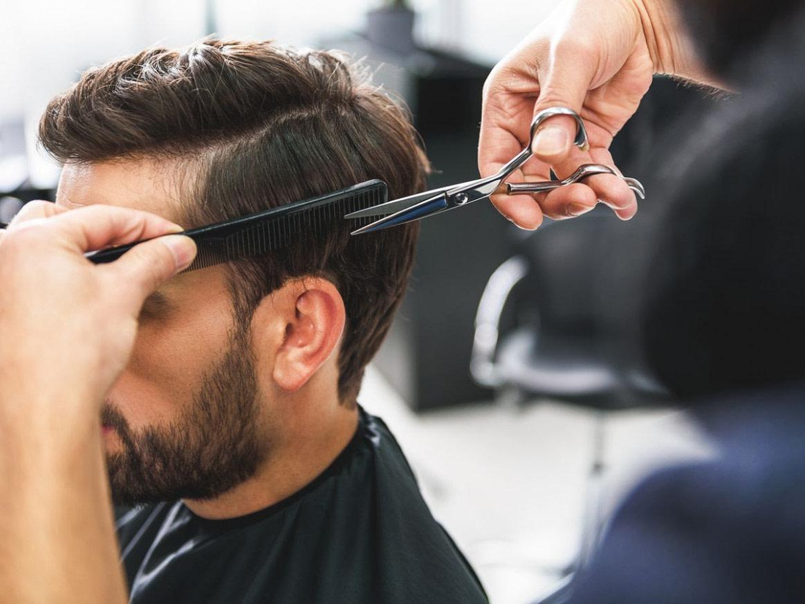 modern Haare selber schneiden: So schneidest du deinem Mann die Haare  - frisur hinterkopf mann