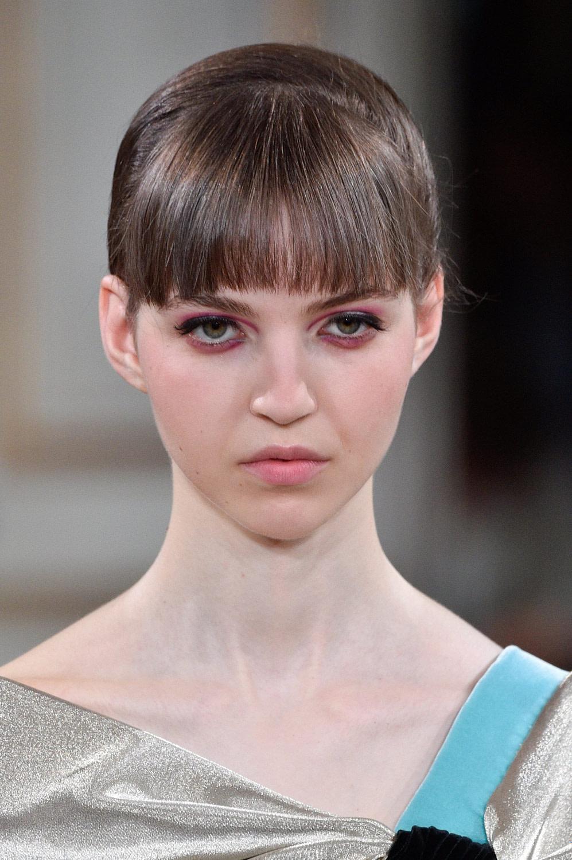 Ein Experte Verrät: Diese Pony Frisur Passt Zu Ihrer Gesichtsform - Ovales Gesicht Frisur Mann
