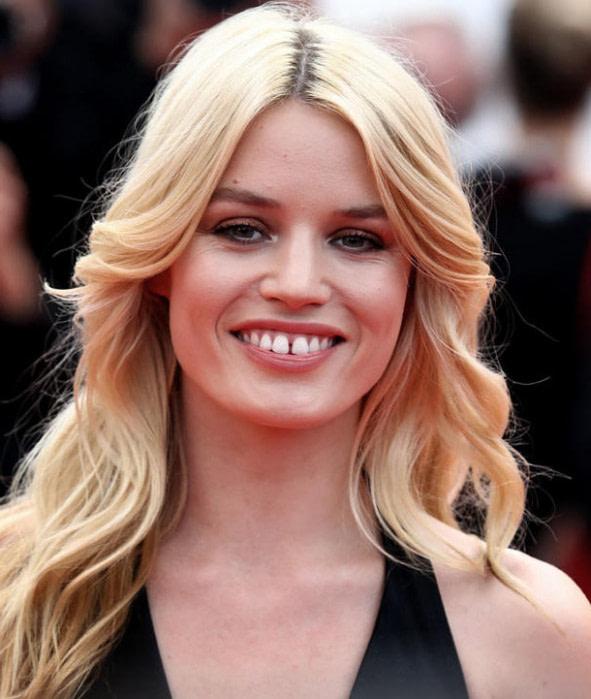 20 Der Besten Ideen Für Frisuren Für Mollige Frauen Mit Doppelkinn Frisuren Für Mollige Frauen Mit Rundem Gesicht